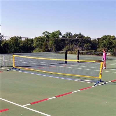Multi-use net, great for practice and drills.
