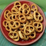 pretzel bows 12 grams of protein per serving