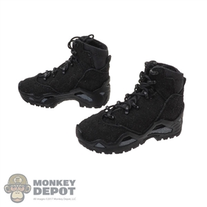 Boots: GWG Mens Lowa Z-6S Boots