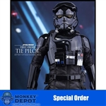 Boxed Figure: Hot Toys Star Wars - First Order TIE Pilot (902555)