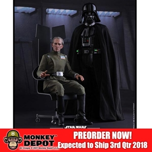 Boxed Figure: Hot Toys Star Wars Grand Moff Tarkin & Darth Vader (903162)
