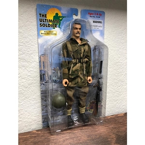 Carded Figure: 21st Century WWII British Paratrooper (70120)