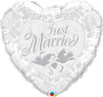 "36"" HEART JUST MARRIED PEARL WHITE & SILVER FOIL"