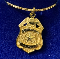 HPD Gold Plated Officer's Mom Pendent with Chain