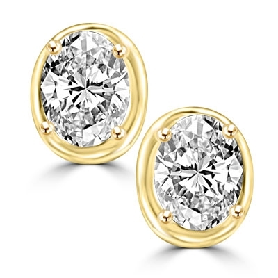 Oval studs diamond earring in Solid Gold