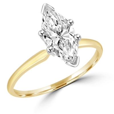 Ring with marquise shape diamond essence