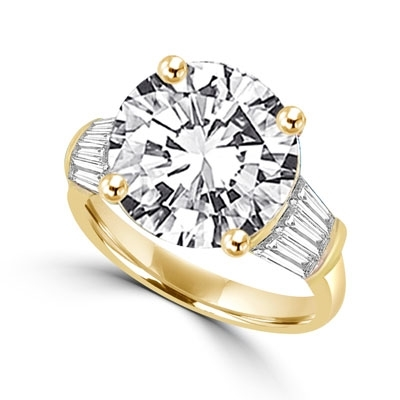 Ring – 5 ct round stone with baguettes