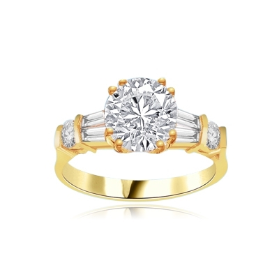 Ring – 2 ct round stone, tapered baguettes