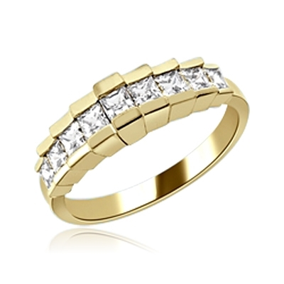 Graduating Nine Stone Princess Ring in Yellow gold