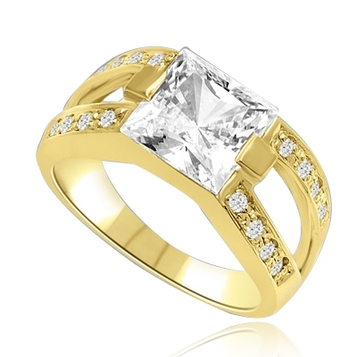 2 CT Princess Cut Ring with Wide Split Band. In 14k Solid Yellow Gold.