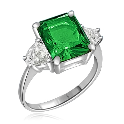 5ct emerald stone and trilliant baguettes ring