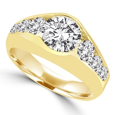 14K Gold Vermeil ring with 2.0 ct. center stone, with round stones down the sides. 3.5 cts.t.w.