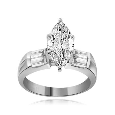 Marquise-cut Diamond Essence gem & baguettes ring