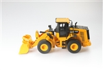 Diecast Masters RC 1/24 CAT 950M Wheel Loader RTR