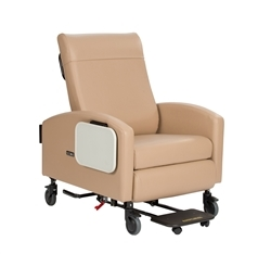 "Winco XL Vero Care Cliner, Push Back, Swing Arms, 5"" Casters & Footplate"