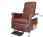 Winco Elite Care Cliner w/Swing Away Arms (Nylon Casters) w/LiquiCell