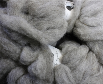 "CVM Romeldale Roving MoKa Farm - ""Ash"" -  grey - 2 oz bundle"
