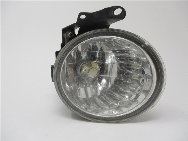 2003 to 2005 Forester RH Passenger Fog Light 84501SA100