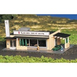 "Bachmann 45804 N Drive-In Bank w/Figures 3 x 4-3/4"" 7.7 x 12.1cm 160-45804"