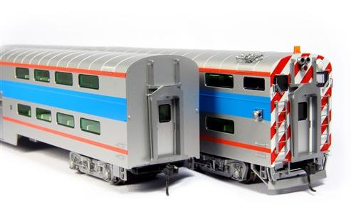 Kato 35-6038 HO Scale Pullman Bi-Level 4-Window Coach Chicago Metra #7780