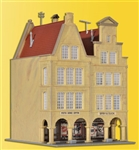 Kibri 37153 N Double Fronted Town House w/Covered Passage Kit