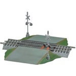 "Lionel 612052 O FasTrack Track w/Roadbed 3-Rail Grade Crossing w/Flashers & Bell 10"" Straight w/6-1/4"" Wide Road"