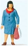 Preiser 28201 HO Going Shopping Individual Figure