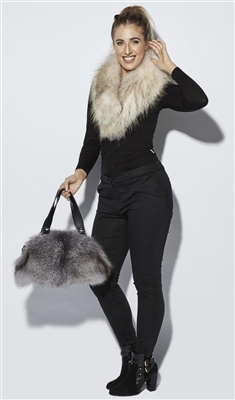 NEW ARRIVAL Cream Raccoon Fur Large Collar