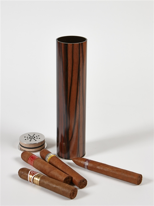 Cigar Humidifier in exceptional Royal Ebony Macassar