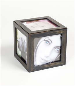 Unique magnetic frame for ease.