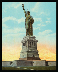 Statue of Liberty 1000-Piece Puzzle from a 1904 post card image