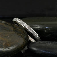 Diamond wedding band in 10K white gold