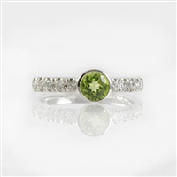 Peridot and diamond ring in 14K white gold.