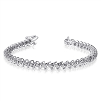 Diamond bracelet with 1ct total diamond weight in 14K white gold.