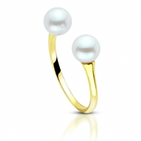 Trendy side-by-side cultured pearl ring features two 6.5-7mm cultured pearls in 14K yellow gold.