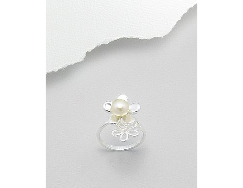 Fresh Water Pearl Flowers Sterling Silver Ring