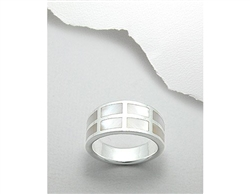 Mother of Pearl Shell Inlay Sterling Silver Ring (8.5)