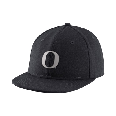 Oregon Ducks Nike Authentic Fitted Hat Black/Silver
