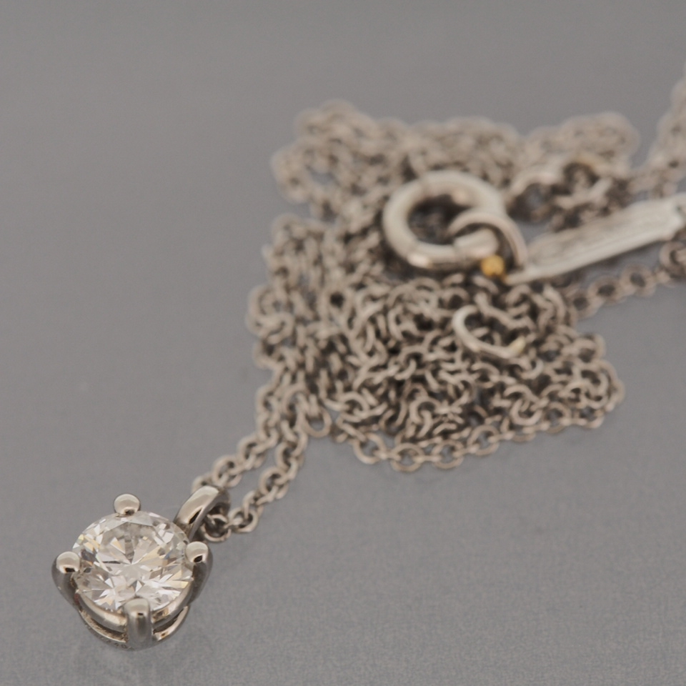 Tiffany Co Platinum 950 0 33ct Diamond Solitaire Necklace W Certificate Box