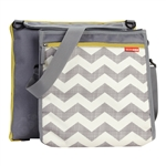 Central Park Outdoor Blanket & Cooler Bag Chevron (Skip Hop)