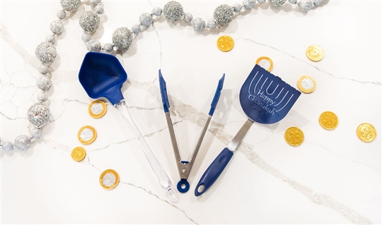 Christy Carlson Romano's Yummy Collection - Hanukkah Spatulas