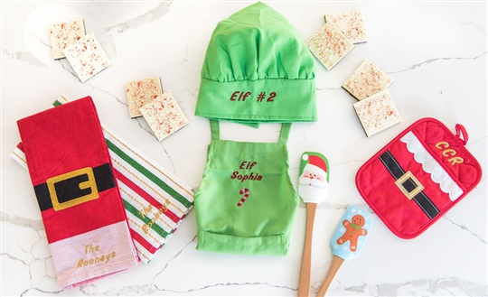 Christy Carlson Romano's Yummy Collection - Kid's Ultimate Christmas Kitchen Set