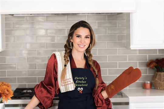 Christy Carlson Romano's Yummy Collection - Thanksgiving Oven Mitt