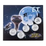 2002 E.T. The Extra-Terrestrial Medallion & Sticker Set