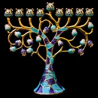 1042- Menorah, jeweled, 6.5""