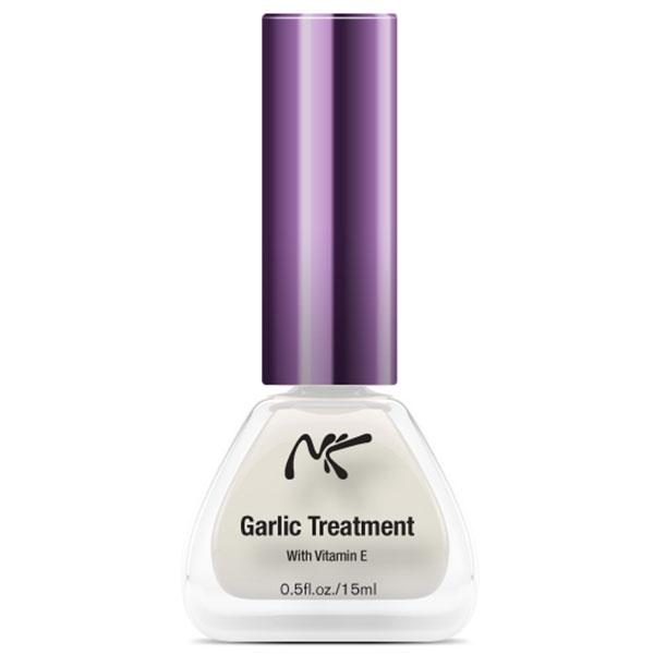 garlic nail treatment