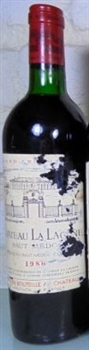 Chateau La Lagune 1986 (slightly damage label)