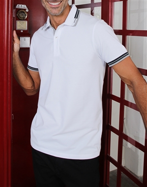 Fashionable White Polo Shirt