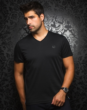 Sporty V-Neck Shirt - Black T-Shirt