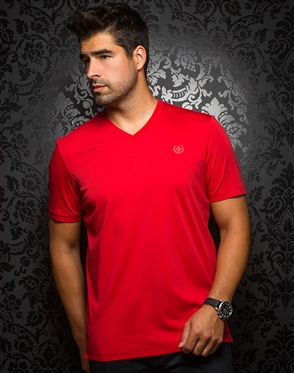 Sporty V-Neck Shirt - Red T-Shirt